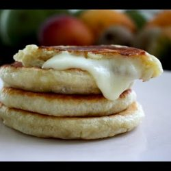 Korean Stuffed Cheese Pancake – Hotteok 호떡