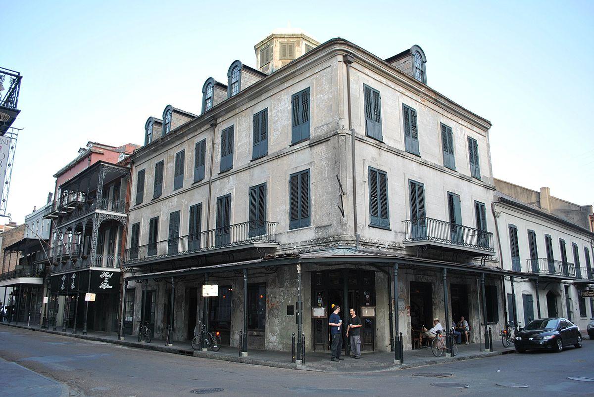 napoleon-house