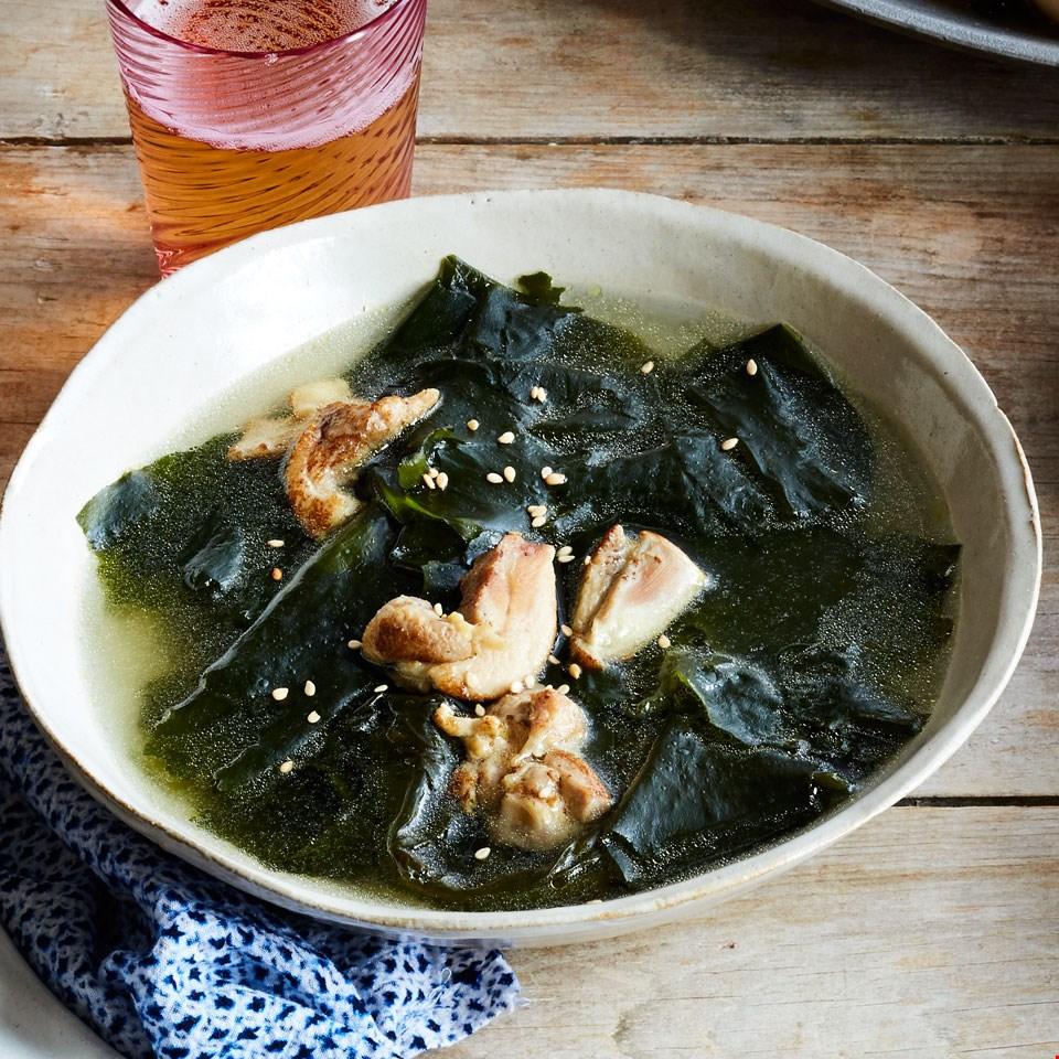 Seaweed Miyeokguk Soup 미역국